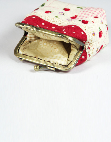 Pearl Buckle Gold 0 Wallet