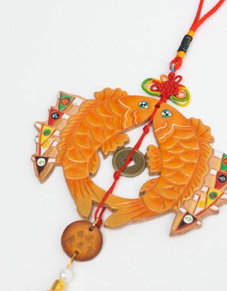 Double Carp Yiu gantry Perfect Pendant