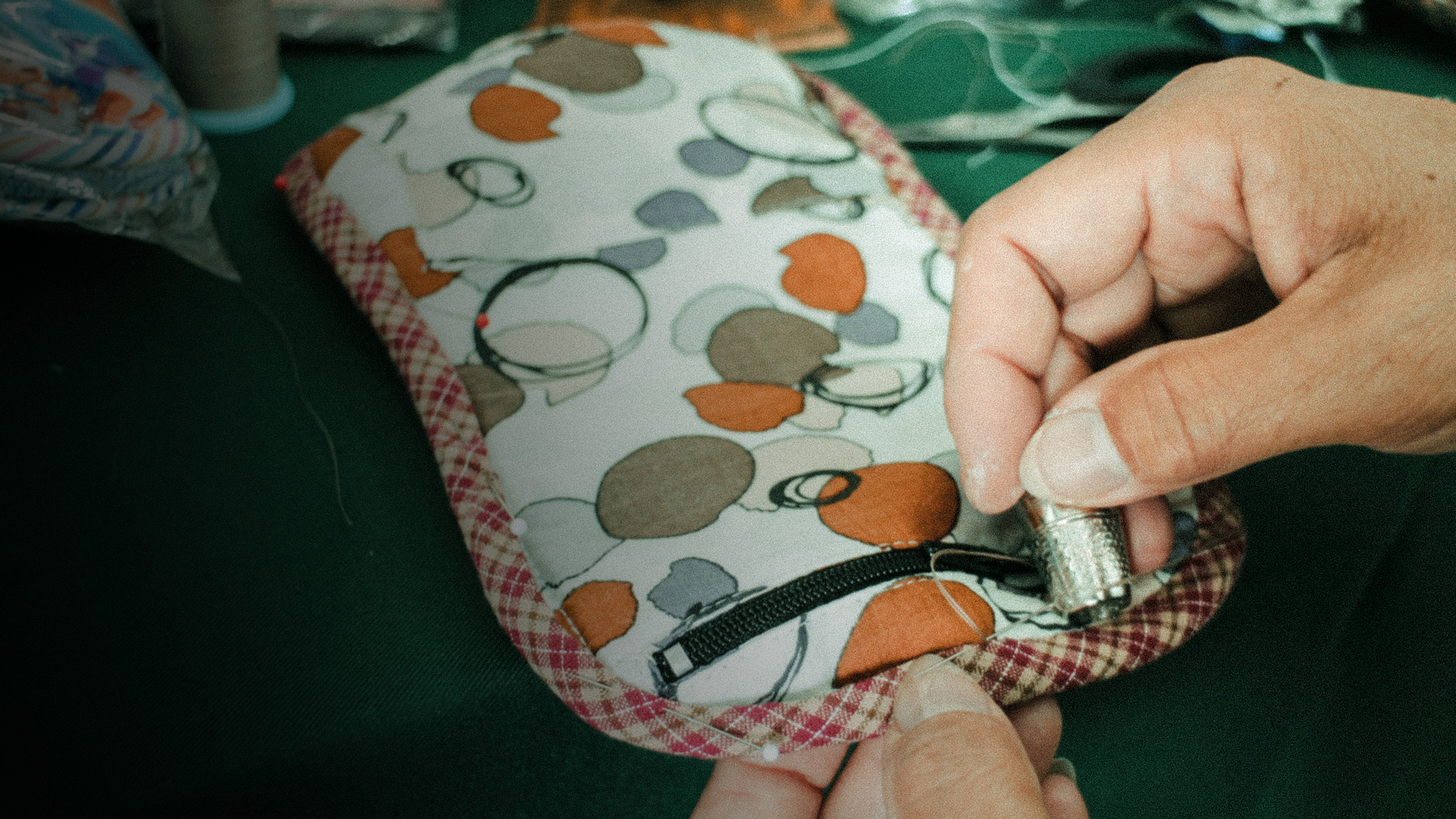 親手一針一線縫出來的拼布包作品